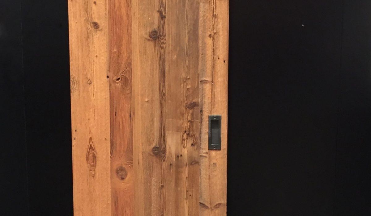 Panneau de porte coulissante en vieux bois